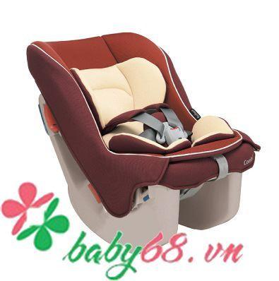 Ghế ô tô cho bé Combi Coccoro EG màu hạt dẻ