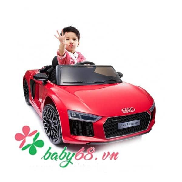 O To Dien Tre Em Ban Quyen Audi R8 (2)