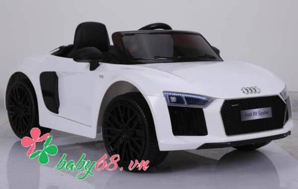 O To Dien Tre Em Ban Quyen Audi R8 (3)