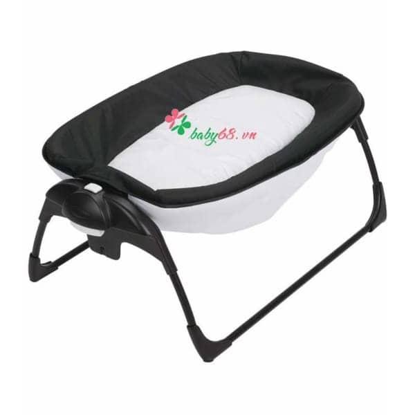 Giuong Cui Graco Portable Napper Changer Studio 116907 3